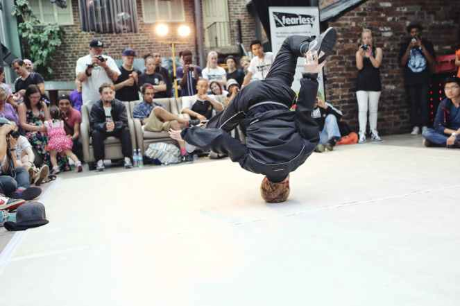 breakdancing-battle-life-males-159273.jpeg